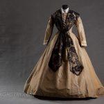 Suknia około 1864 r.