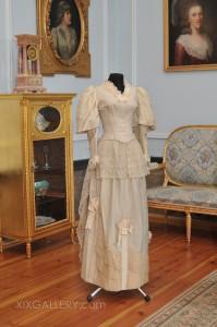 Suknia około. 1887-1889 r.