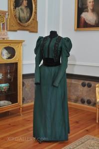 Suknia około 1893-1897r.